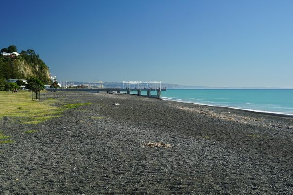Picture of a spotlessly clean beach near the city of Napier