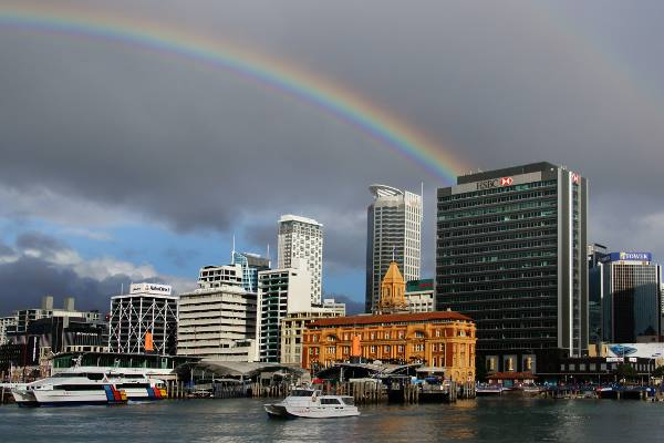 Picture of a beautiful rainbow over the city of Auckland